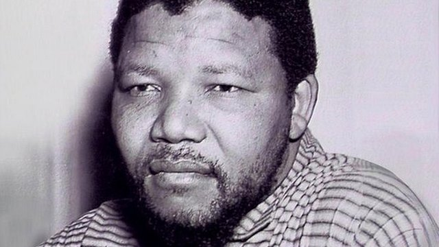 BBC News - The man who taught Mandela to be a soldier