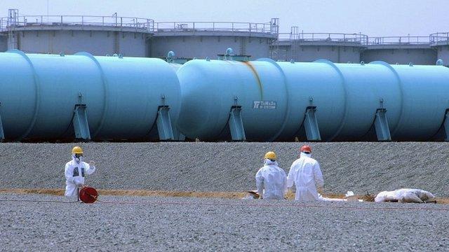 Workers at Fukushima nuclear plant