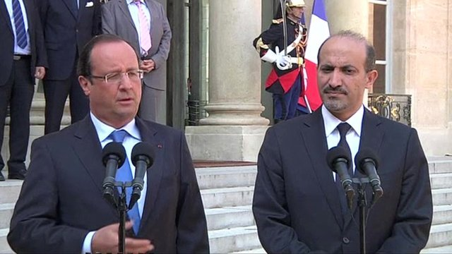 Francois Hollande (l) and Ahmad Jarba (r)