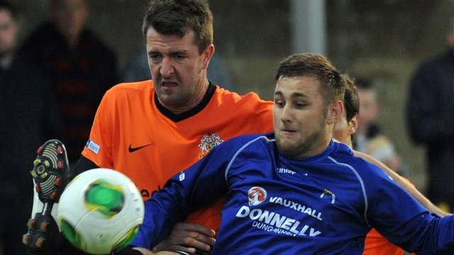 Match action from Dungannon Swifts against Glenavon