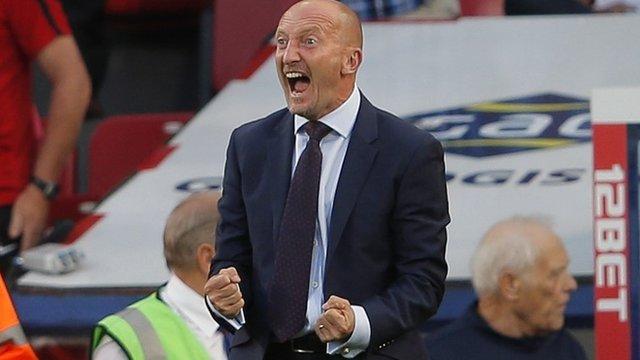 Crystal Palace boss Ian Holloway
