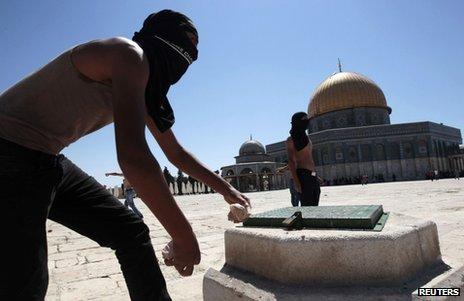Palestinian rioters in Jerusalem, 6 September