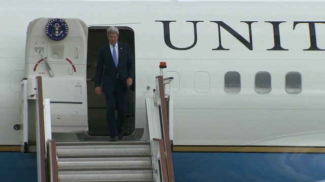 John Kerry arrives in the UK