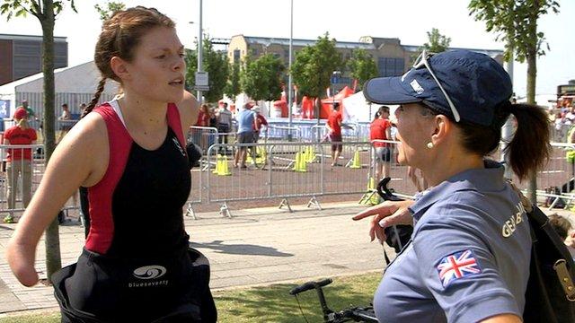 Lauren Steadman (left)