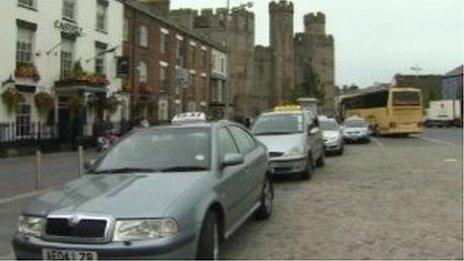 Tacsis Caernarfon