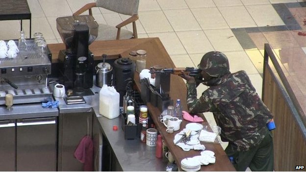 Kenyan soldier inside the Westgate mall (21 September)