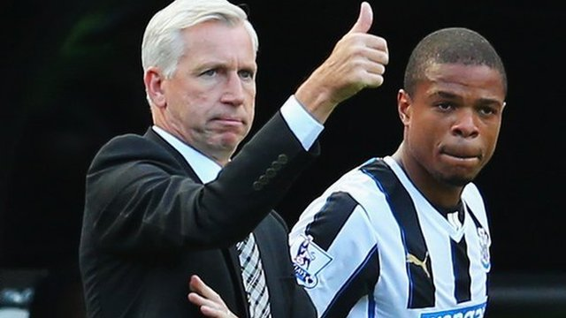 Newcastle manager Alan Pardew (left) and striker Loic Remy