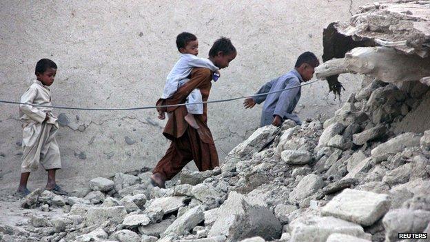 Earthquake survivors in Awaran, Balochistan, on 25 September 2013