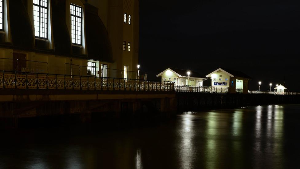 Penarth Pier by night