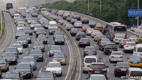 File photo: Vehicles stuck in a traffic jam on the 2nd ring road in Beijing, China