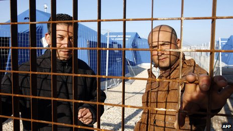 Tunisians at Puglia camp, March 2011