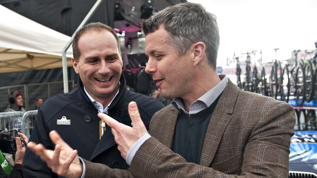 Michele Acquarone (left) with Crown Prince Frederik of Denmark during last year's Giro d'Italia