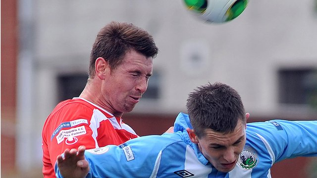 Match action from Warrenpoint against Portadown