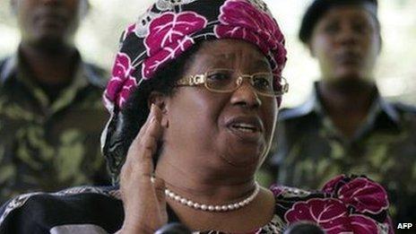 President Joyce Banda of Malawi addresses the press