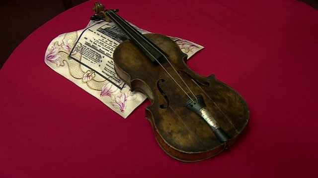Wallace Hartley's violin