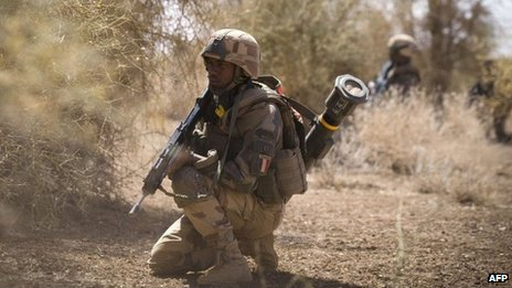French infantry soldier in Mali (8 April 2013)