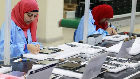 Assembling Egypt's tablet computer, May 2013