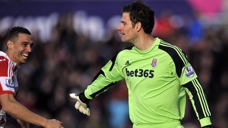Begovic becomes only the fifth goalkeeper to score in the Premier League
