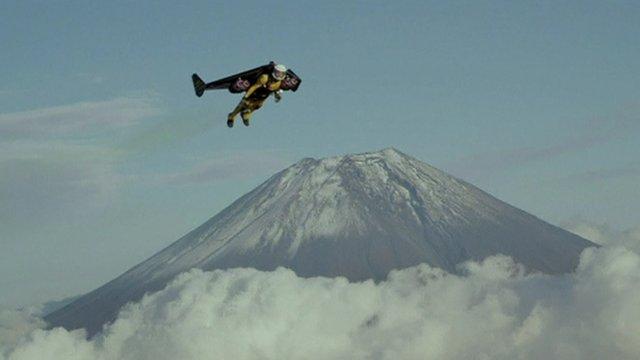 Yves Rossy flying around Mount Fuji