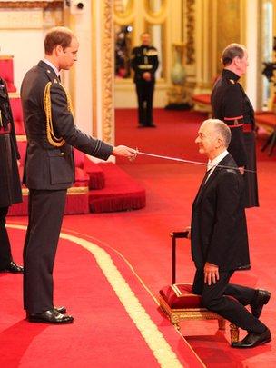 Prince William knights Tony Robinson