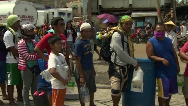 People queuing in Tacloban