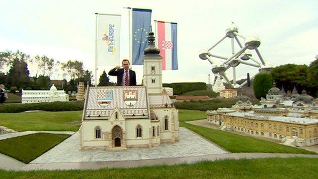 Adam Fleming in Mini Europe