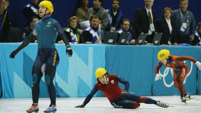 Steven Bradbury wins gold