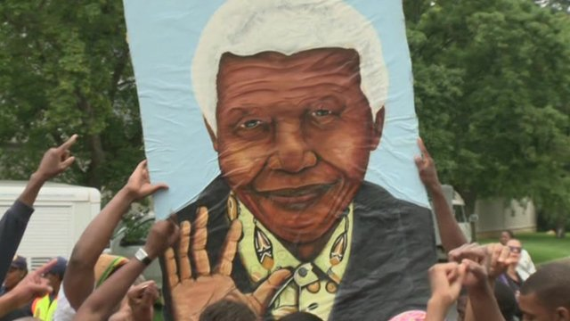 Crowds gathered in Houghton, Johannesburg at Nelson Mandela's house