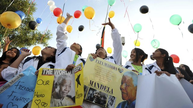 Young South Africans release 95 balloons representing the 95 years of life enjoyed by former President Nelson Mandela