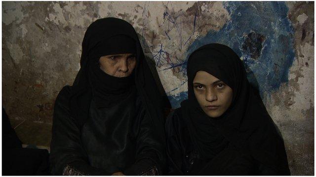 Um Amna and her daughter Neema Abdullah
