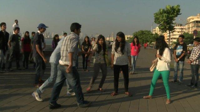 Street theatre marks Delhi rape anniversary