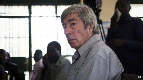 Briton Bernard Randall in court in Entebbe, Uganda (18 Nov. 2013)