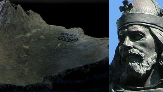 Fragment of pelvis/King Alfred statue