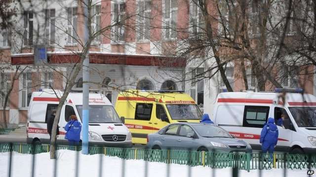 Ambulances outside school in Moscow
