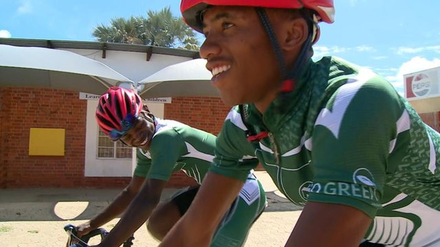 Namibian road cyclists Jojoe Hamunyela and Fiffy Kashululu