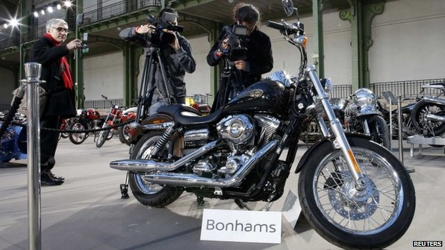 The 1,585 cc Harley Davidson Dyna Super Glide donated to Pope Francis