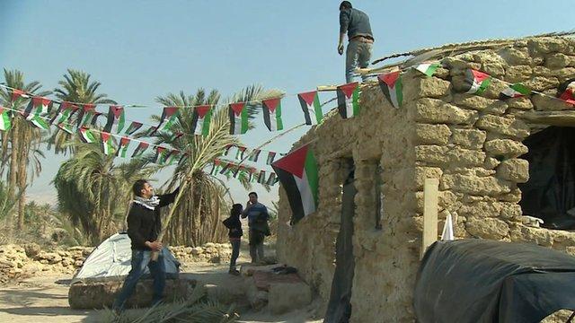 Palestinians repair buildings in Ein Hijleh