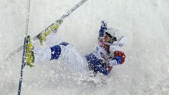 Sergey Volkov crashes