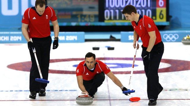 GB curler David Murdoch (centre)