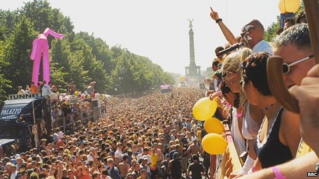 Vast crowds at one of the bigger Love Parades in Berlin