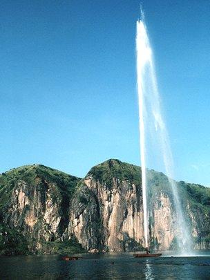 Degassing pipe in Lake Nyos, Cameroon, seen in October 2001
