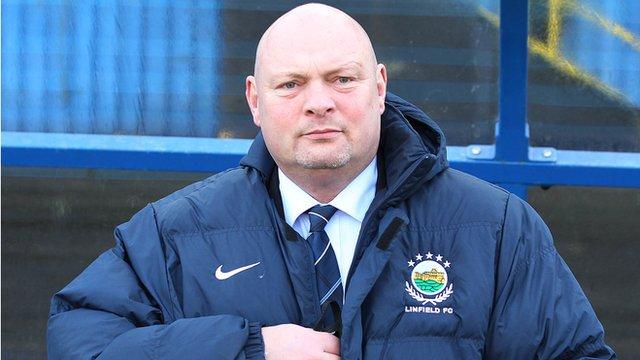 Linfield manager David Jeffrey