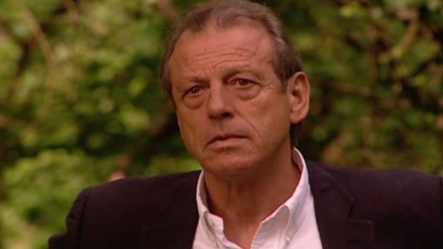 Leslie Grantham in English Neighbour