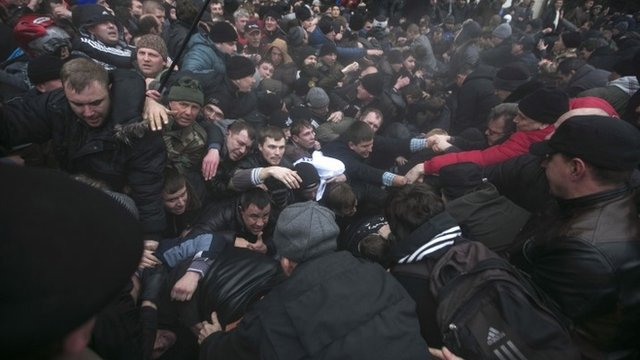 Clashes in Simferopol
