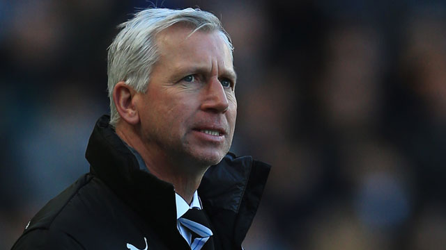 Alan Pardew apologises following his sending-off for head-butting Hull City's David Meyler at the KC Stadium.