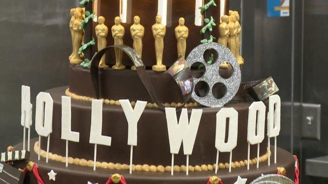 Hollywood Oscars cake