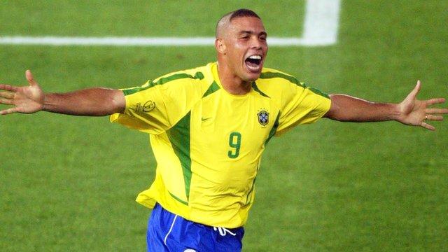 Ronaldo scores for Brazil against Germany