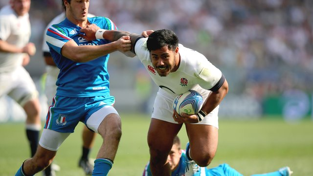 Manu Tuilagi powers through to score for England against Italy