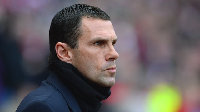 Gus Poyet watches on as Sunderland play Crystal Palace