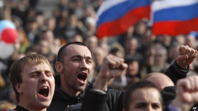 Pro-Russian rally at a central square in Donetsk